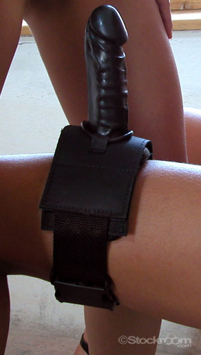 thigh harness